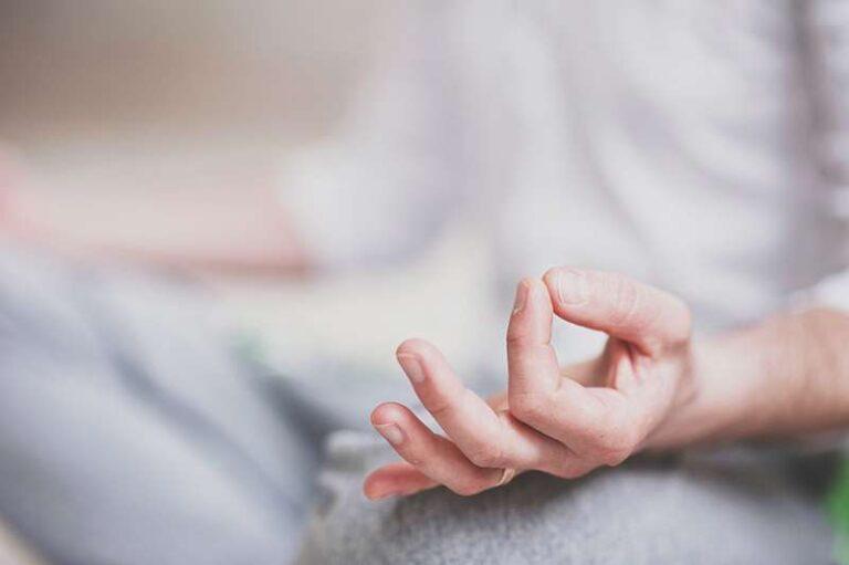5 INCREÍBLES BENEFICIOS DE LA MEDITACIÓN